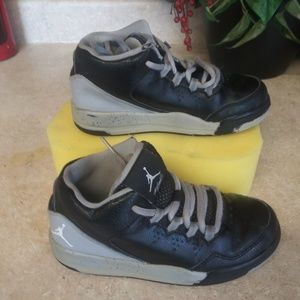 🐎jordan flight little boys shoes size 12c